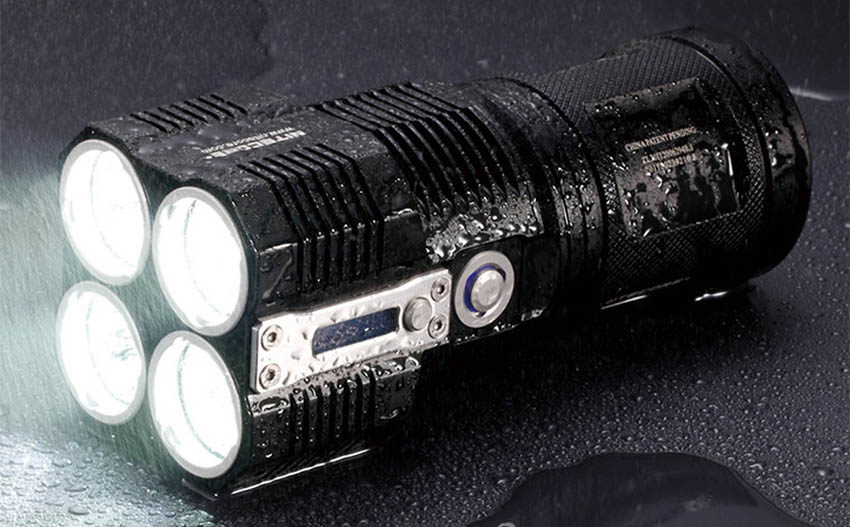 tactical flashlights for hunters - hikers